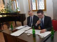 09. Zprávu o činnosti oblasti Jihlava přednesl  L.Honzárek, Bc