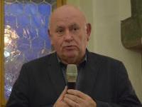 15. O zahraničních kontaktech Komory promluvil prof. Alois Materna
